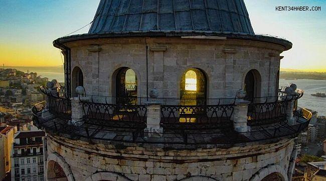 Galata Kulesi'nde eşsiz gün doğumu