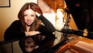 Hollywood tarihine damga vuran Türk müzisyen
