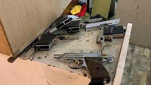 Ümraniye'de silah imalathanesine baskın