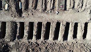 Sivas'ta 2 bin mezar kazıldı