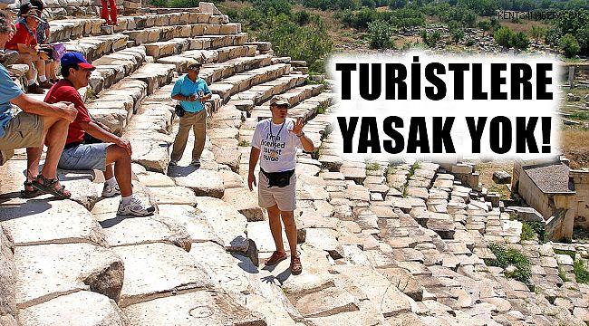 Turistlere yasak yok! Kısıtlama cuma namazına göre ayarlanacak!