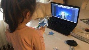 Kartallı minikler eğitime ekranları başında devam ediyor