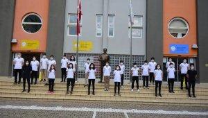 Türkiye Yüzme Şampiyonasına Adlarını Yazdırdılar