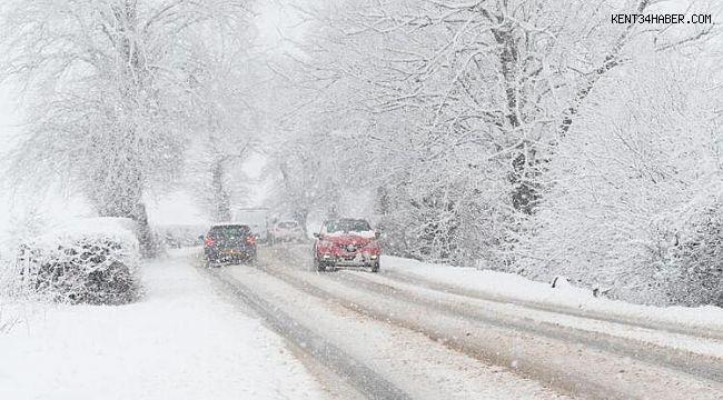 Ankara'da kar yağışı etkili olmaya başladı