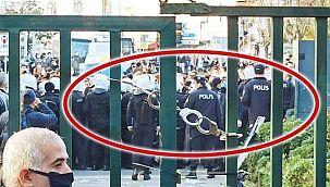 Boğaziçi Üniversitesi'ne kelepçe
