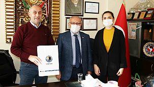 Kartal Belediyesi Muhtarların Yeni Yılını Kutladı