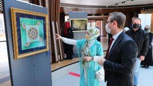 Başakşehir'de 5 Yıllık Emeğin Sergisi: 'Zerreden Kürreye'