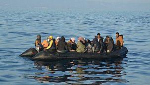 45 kişinin olduğu tekne battı