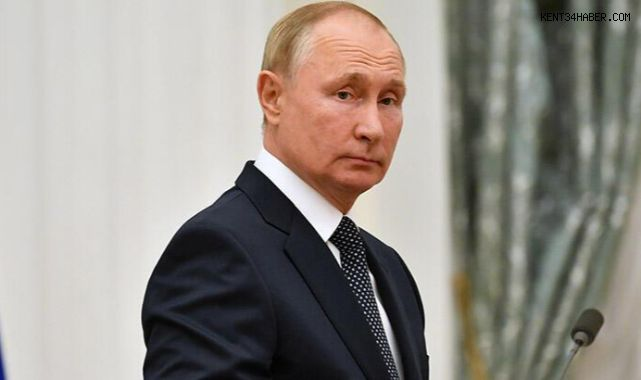 Putin Karantinaya Girdi